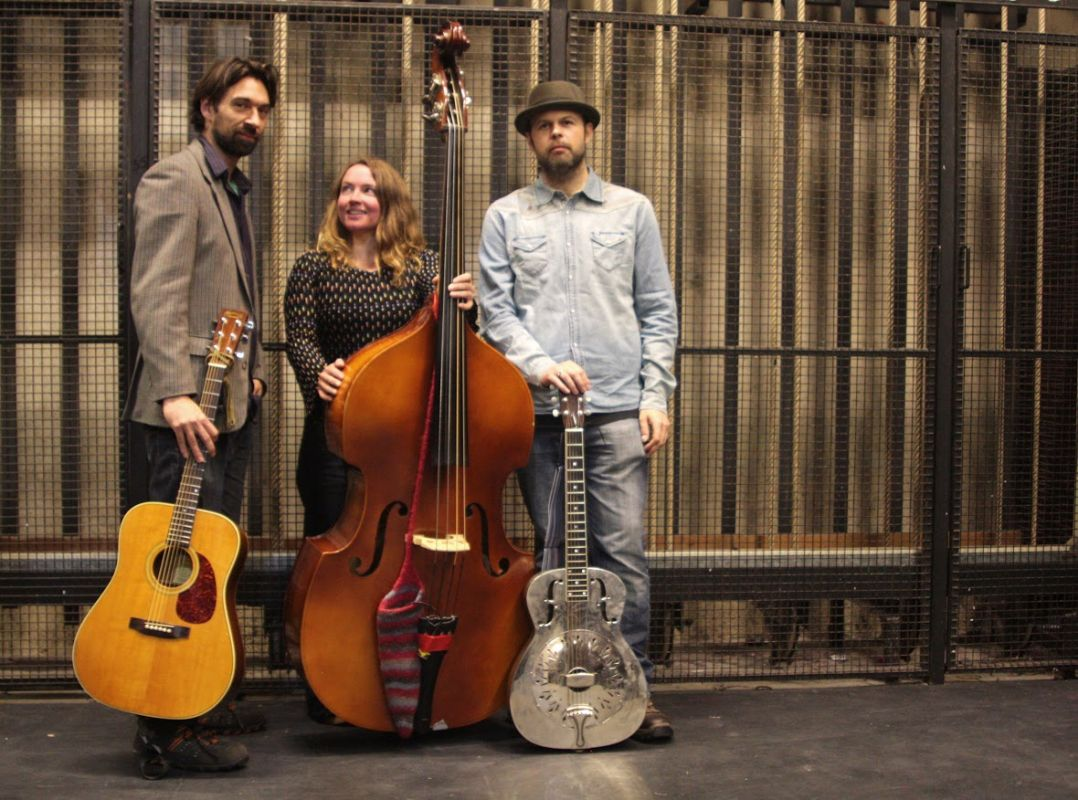 Jenny Wren & Her Borrowed Wings - purveyors of the finest, mellow country-blues
